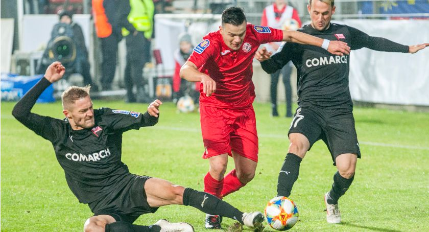 Piłka nożna, emocje Bytovia kontra Cracovia - zdjęcie, fotografia