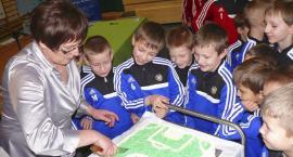 W Tuchomiu piłkarskie szkolenie dzieci z rozmachem