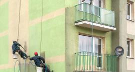 Odgrzybianie bloków na Kochanowskiego