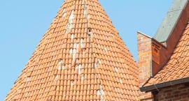 Nowe dachówki na Baszcie Młyńskiej