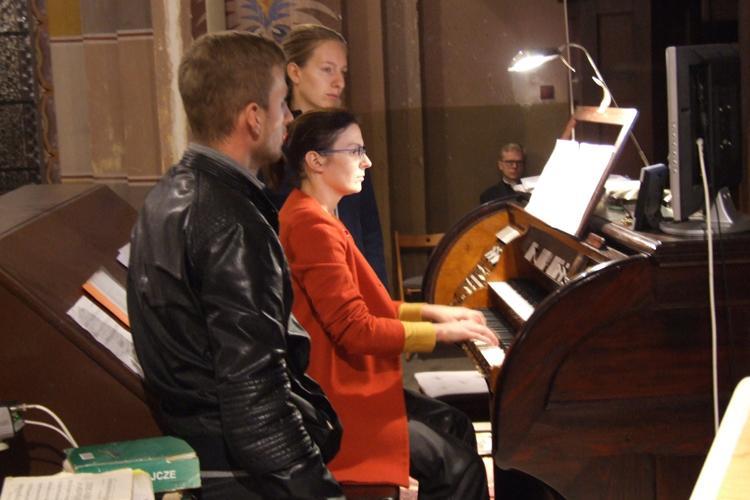 Kultura, rozpocząłsię XXXVIII Festiwal Muzyki Organowej - zdjęcie, fotografia