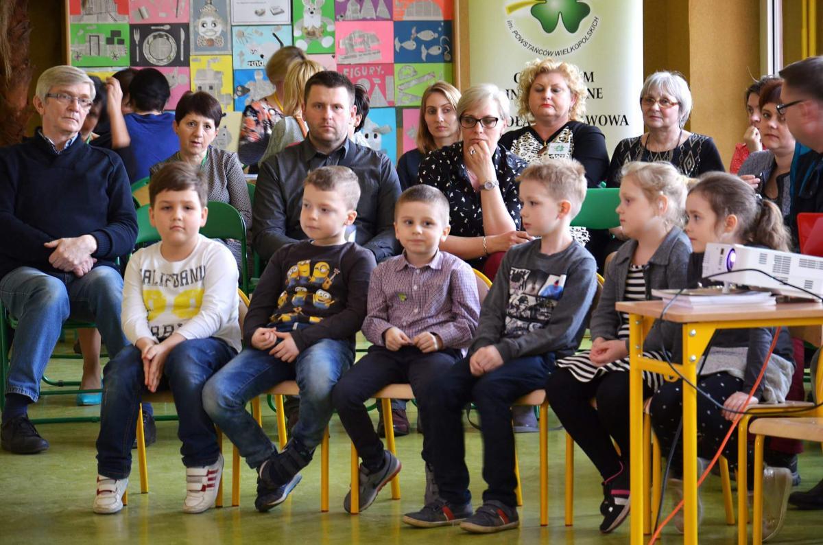 Edukacja, drzwiach otwartych - zdjęcie, fotografia