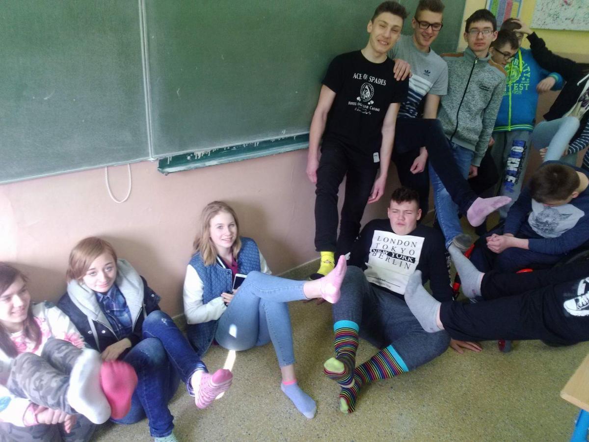 Edukacja, Dzień Kolorowej Skarpetki - zdjęcie, fotografia