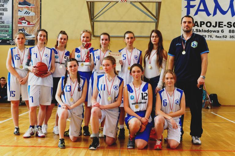 Koszykówka, Koszykarki Kaspra mistrzem Powiatu - zdjęcie, fotografia