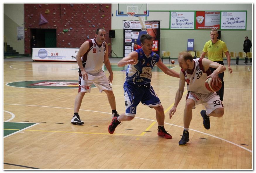 Koszykówka, Domino wyrównało rywalizacji Gryfem Goleniów - zdjęcie, fotografia