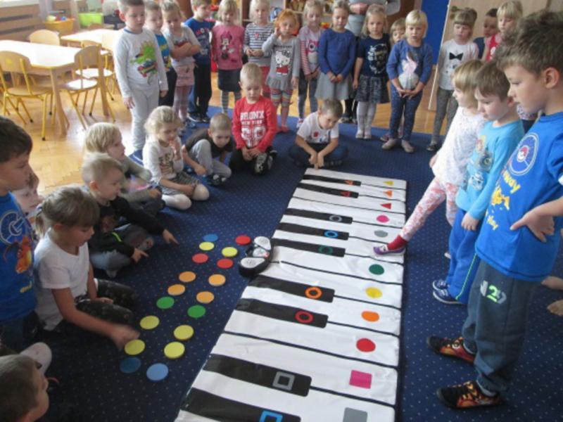 Edukacja, Metoda Kolorowych Dźwięków Muzycznej Krainie - zdjęcie, fotografia