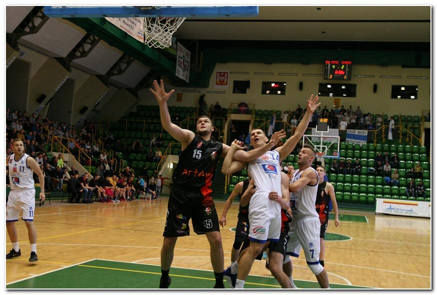 Koszykówka, derbach Noteć zdemolowała Astorię - zdjęcie, fotografia