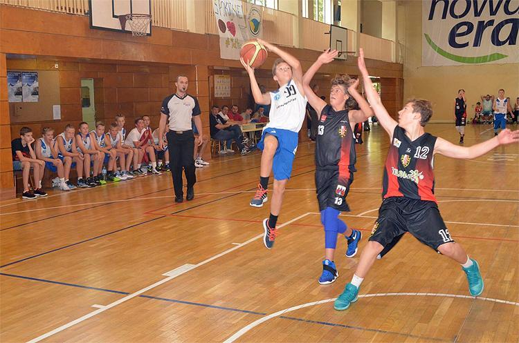 Koszykówka, zwycięstwa Kasprowicz - zdjęcie, fotografia