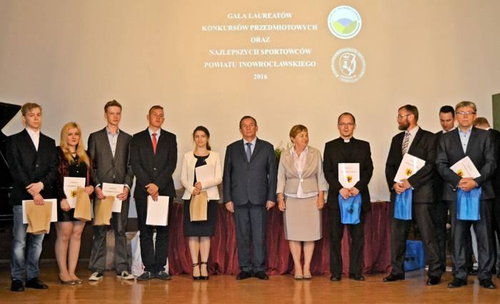 edukacja, Najlepsi najlepszych otrzymali nagrody - zdjęcie, fotografia