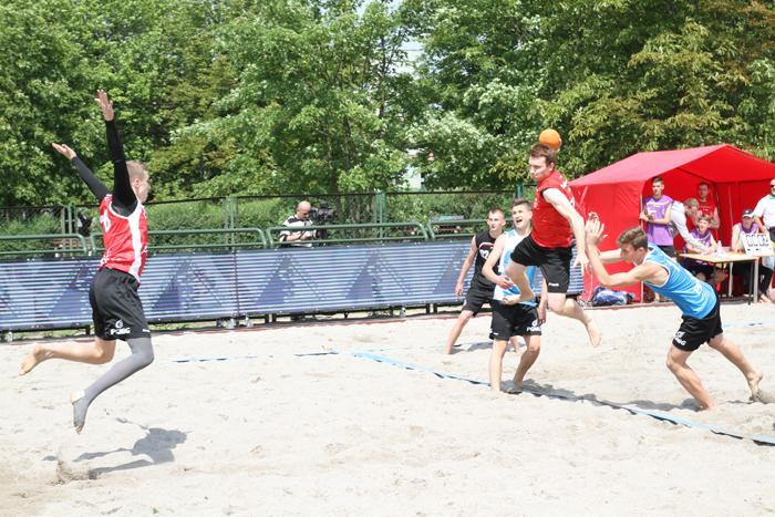 Piłka ręczna, Rozpoczął Ogólnopolski Festiwal Sportów Plażowych - zdjęcie, fotografia