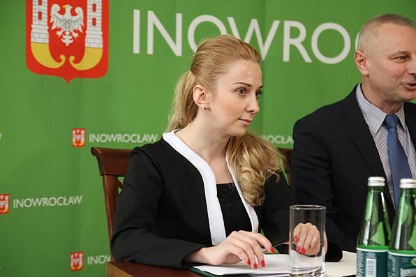 wiadomo, Agnieszka Chrząszcz odpowiada Magdzie Basińskiej - zdjęcie, fotografia