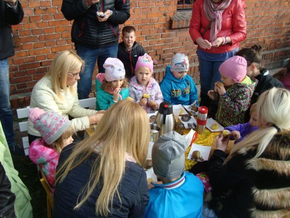 edukacja, Dzień Pieczonego Ziemniaka Przedszkolu - zdjęcie, fotografia