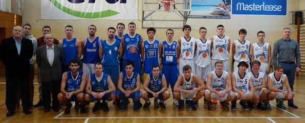 Koszykówka, Świąteczna koszykówka Kasprowiczu - zdjęcie, fotografia