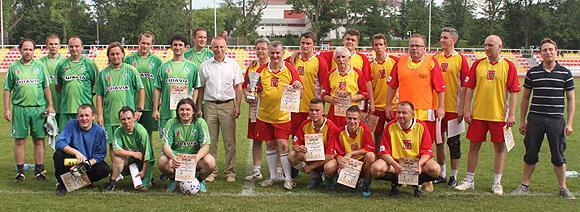 """sport, Zagrali """"gałę"""" inowrocławskim stadionie - zdjęcie, fotografia"""