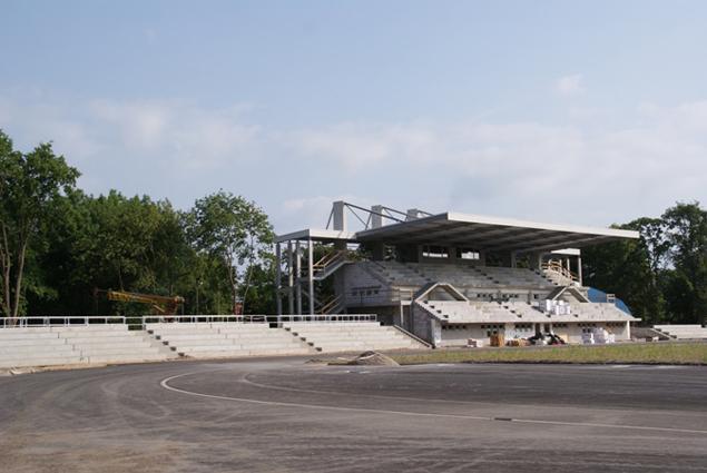 sport, Prezydent wizytował remontowany stadion - zdjęcie, fotografia