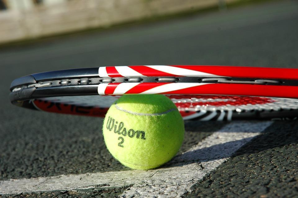 Wiadomości, Mikołajkowy Turniej Tenisa Ziemnego - zdjęcie, fotografia