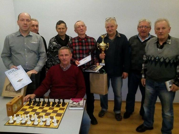 Wiadomości, Koperniku zagrali szachy - zdjęcie, fotografia
