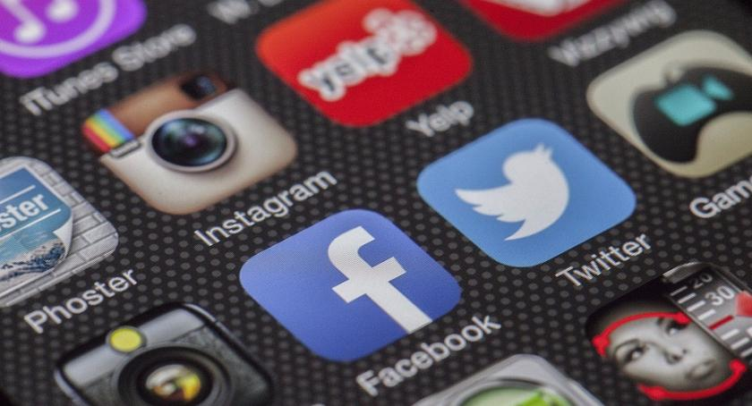 lifestyle, Najważniejsze wskaźniki popularności firmowego profilu Facebooku - zdjęcie, fotografia