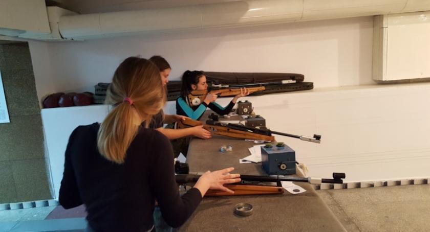 ponadgimnazjalne, Uczyli strzelać Kościelec - zdjęcie, fotografia