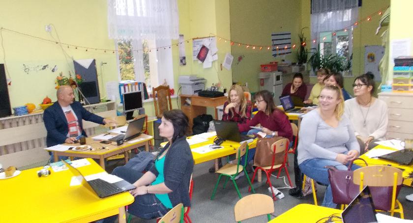 przedszkola, Nauka programowania przez zabawę - zdjęcie, fotografia