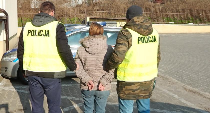 Sprawy kryminalne , Areszt podejrzanej zabójstwo dziecka - zdjęcie, fotografia