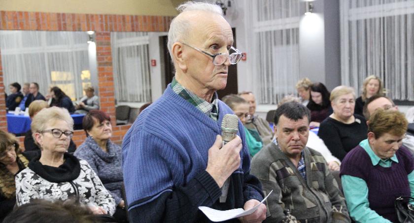 Samorząd, Długa debata Starym Mieście - zdjęcie, fotografia