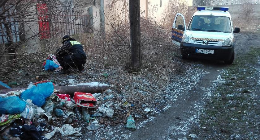 Samorząd, Namierzyli dzikie wysypiska śmieci - zdjęcie, fotografia