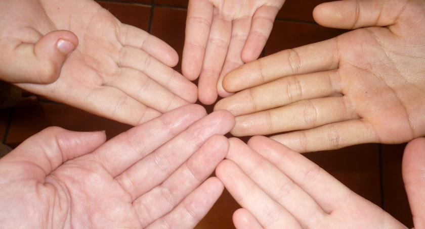 zdrowie, Urządzenie jonoforezy wyleczy kurzajki - zdjęcie, fotografia
