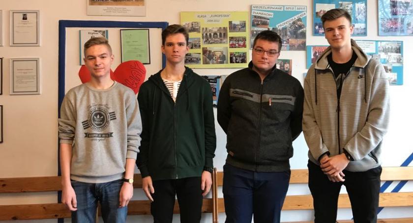 ponadgimnazjalne, Kolejny sukces historyczny uczniów Konopy - zdjęcie, fotografia