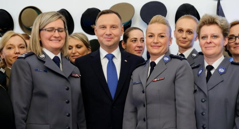 Komunikaty Policja, Dzień Kobiet Pałacu Prezydenckim - zdjęcie, fotografia