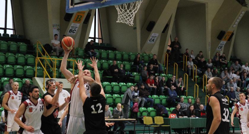 Koszykówka, Porażka Domino ostatnim meczu rundy zasadniczej - zdjęcie, fotografia
