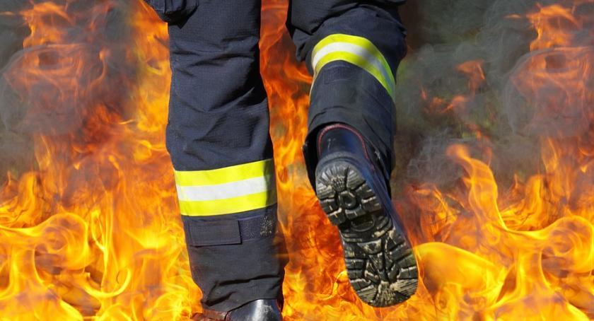 Straż Pożarna - interwencje , Prawdopodobny wybuch domku jednorodzinnym - zdjęcie, fotografia