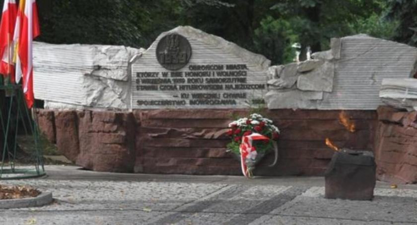 Samorząd, pomnik Obrońców Inowrocławia zostanie przeniesiony - zdjęcie, fotografia