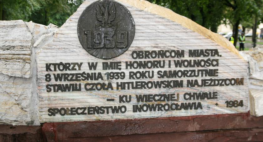 Historia, Pomnik Obrońców Inowrocławia zostanie jednak przeniesiony - zdjęcie, fotografia