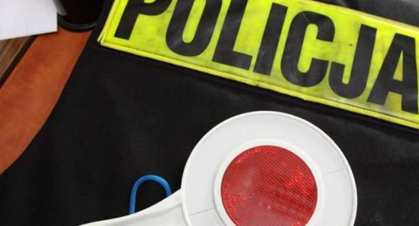 Sprawy kryminalne , Kryminalni namierzyli złodzieja samochodów - zdjęcie, fotografia