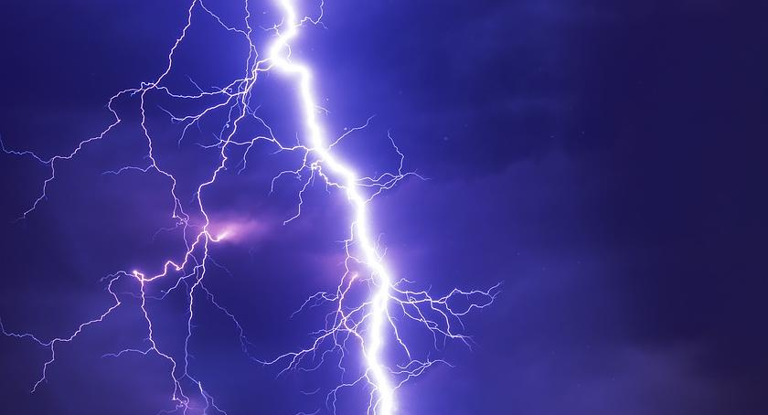 Komunikaty, Mogą wystąpić burze opady gradu - zdjęcie, fotografia