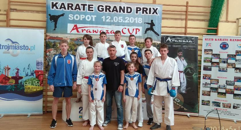 """Sporty walki, Sukces Międzynarodowym Turnieju Karate """"Aravaza Cup"""" - zdjęcie, fotografia"""