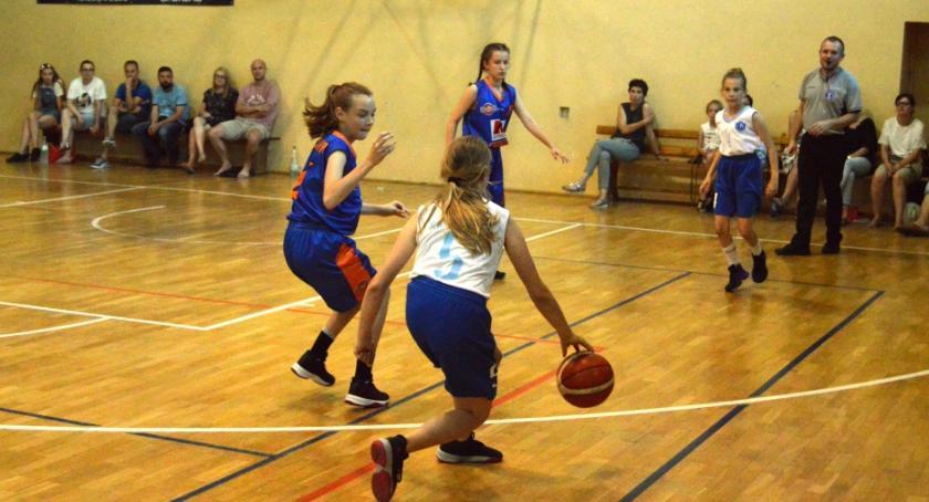 9694d7352d9 Dziewczęta rywalizowały pod koszem Inowrocław