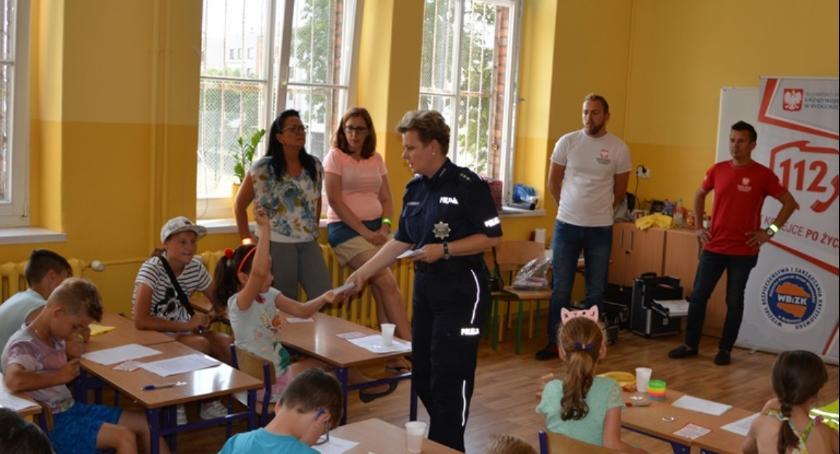 Komunikaty Policja, Radosne półkolonie przydatnej wiedzy - zdjęcie, fotografia