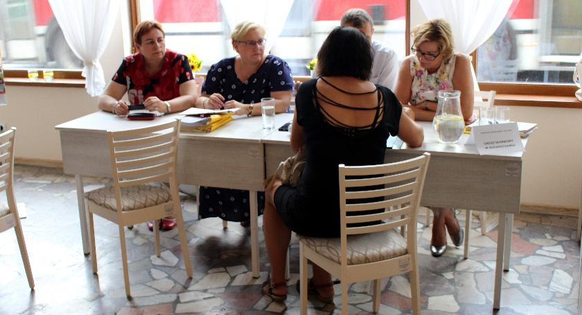Społeczeństwo, Mieszkańcy miasta powiatu skorzystali darmowych porad - zdjęcie, fotografia
