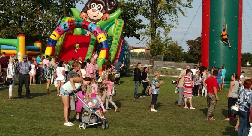 Społeczeństwo, Piknik mieszkańców zakończenie wakacji - zdjęcie, fotografia