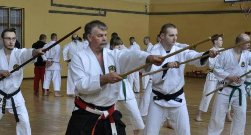 Sporty walki, Sekcja sztuk walki klubie Rondo wznawia zajęcia - zdjęcie, fotografia