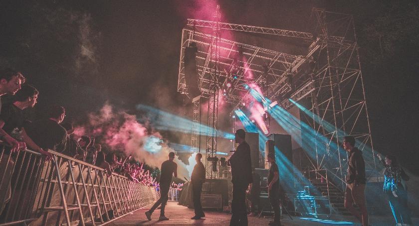 Koncerty, najciekawszych letnich festiwali muzycznych Polsce - zdjęcie, fotografia