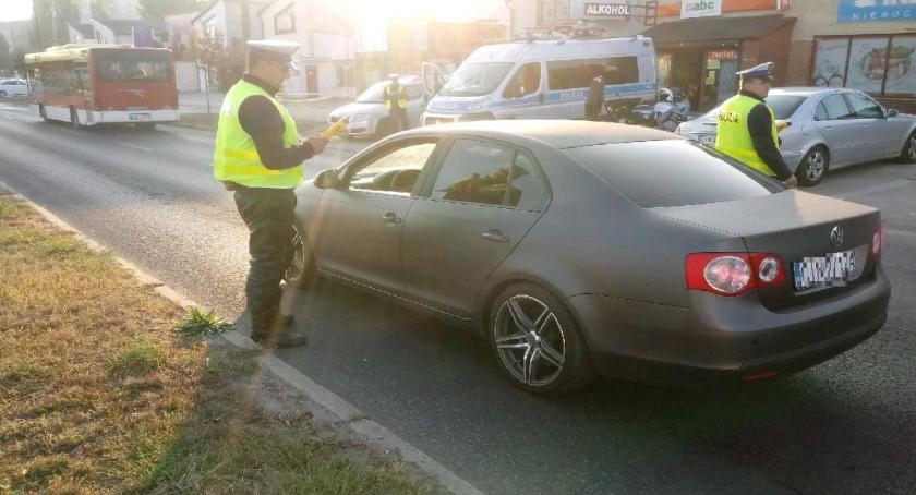 """Komunikaty Policja, """"Trzeźwy kierujący"""" policyjne działania drogach było bezpieczniej - zdjęcie, fotografia"""
