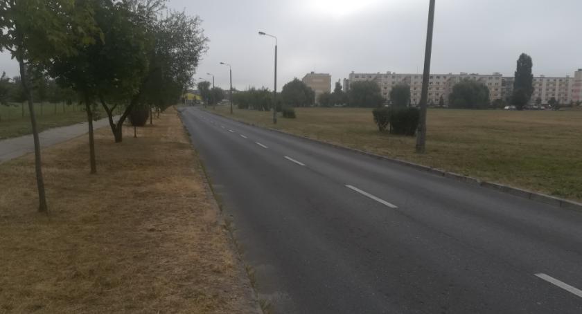 Samorząd, Powstaną miejsca parkingowe Błażka - zdjęcie, fotografia