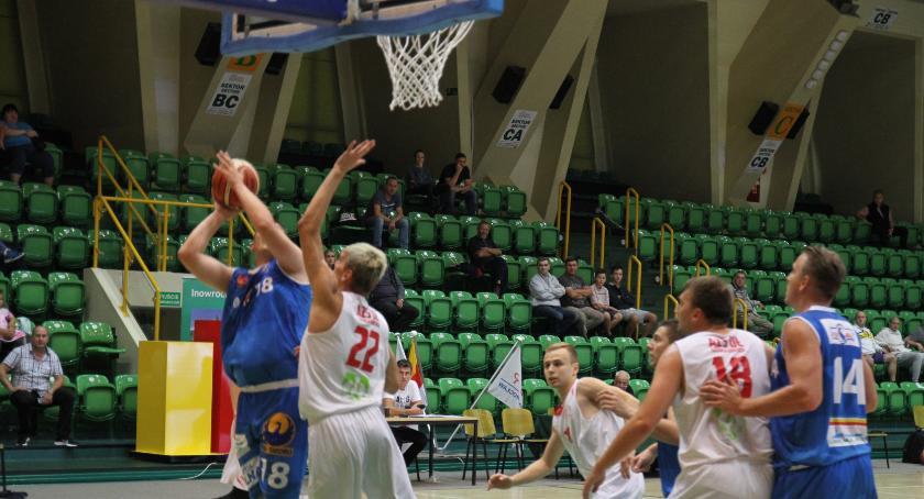 Koszykówka, Puchar prezydenta pojechał Pleszewa - zdjęcie, fotografia