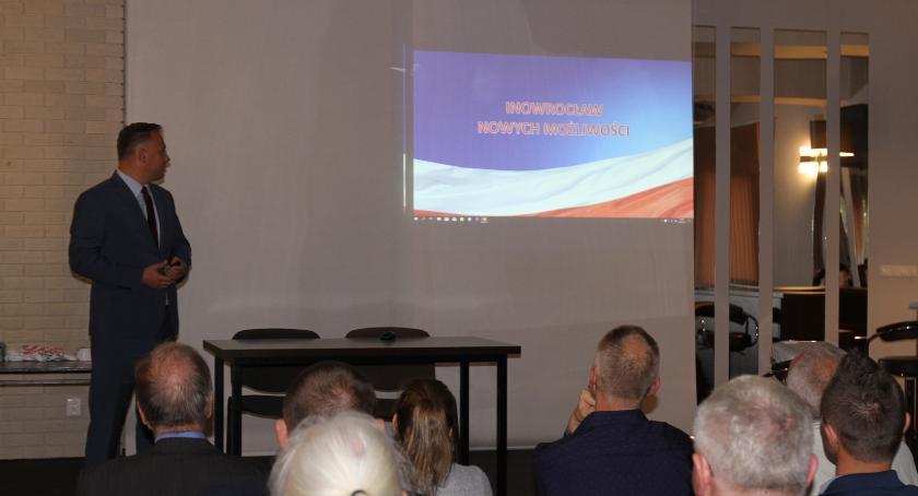 wybory, Stachowiak spotkał mieszkańcami Piastowskiego - zdjęcie, fotografia