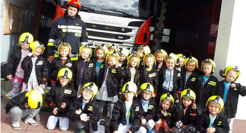 przedszkola, Kujawskie dzieci odwiedziły Straż Pożarną - zdjęcie, fotografia