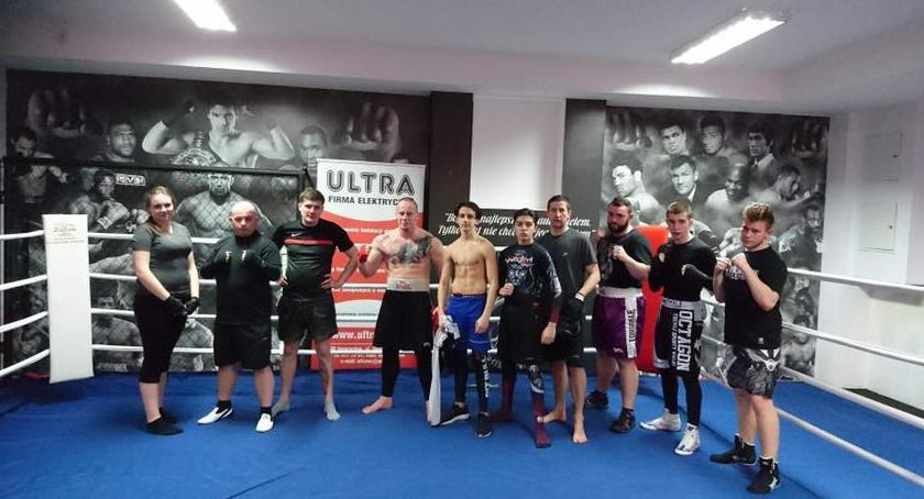 Sporty walki, Sekcja bokserska szuka młodych adeptów - zdjęcie, fotografia