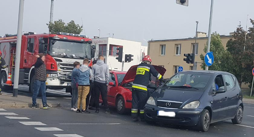 Wypadki drogowe , Kolejny wypadek straży pożarnej - zdjęcie, fotografia